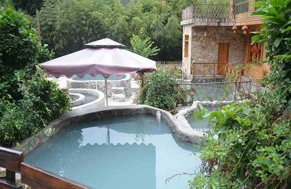 海螺沟木林森温泉